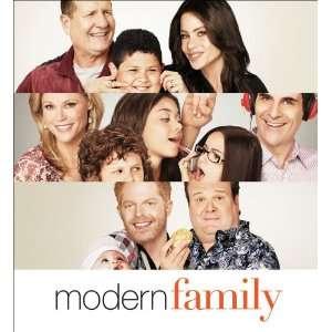 Modern Family 2011 Wall Calendar (9780740798313) LLC