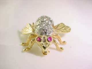 18K YELLOW GOLD RUBY AND DIAMOND BUMBLE BEE BROOCH