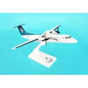Skymarks Air New Zealand DASH 8 300 1/100:  Home & Kitchen