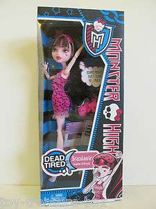 NEW Monster High Dead Tired Draculaura Doll & Accessories   Daughter
