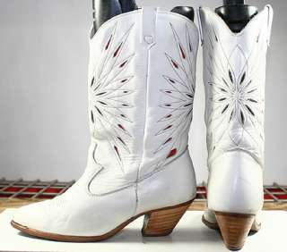 VINTAGE CUTOUT INLAY STARS LEATHER DINGO WESTERN/COWBOY BOOTS WOMENS