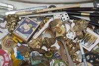 Large JUNK DRAWER LOT Estate Vintage & Contemporary Pins Buttons