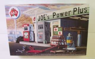 GAS SERVICE STATION MRC JOES POWER PLUS Garage Tools 124 Model Kit