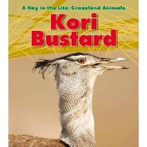 the Life: Grassland Animals) (9781432947439): Louise Spilsbury: Books