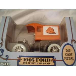 Ertl 1905 Ford Delivery Car Bank Publix Toys & Games