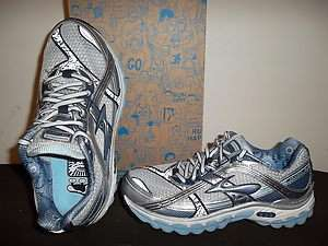 Brand New 2011 Brooks Trance 10 for Women w/ DNA & MoGo save off $140