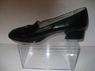 Womans NINA RICCI Paris Black Leather Heels Shoes 7 M