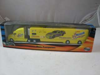 Hot Wheels 164 Die Cast Nesquik Racing Transporter 10