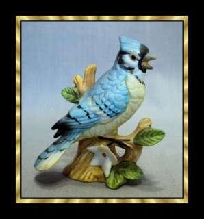 VTG LEFTON MINIATURE BLUE JAY BISQUE PORCELAIN BIRD 00749