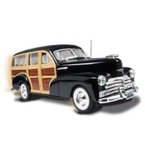 American Metal 1/24 48 Chev Woody Wagon Kit Toys & Games