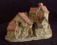 Brookside Hamlet   David Winter Cottage Collection