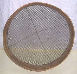 PRIMITIVE ANTIQUE GRAIN, GOLD or SOIL SIFTER, WOOD FRAME WIRE MESH