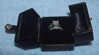 ct. tw. Diamond Centerpiece Wedding Set in 14K White Gold Size 8