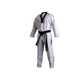 adidas Taekwondo Fighter III Dobok: Sports & Outdoors