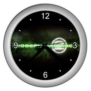 Silver Wall Clock of Call of Duty Modern Warfare 2 Lightning Logo