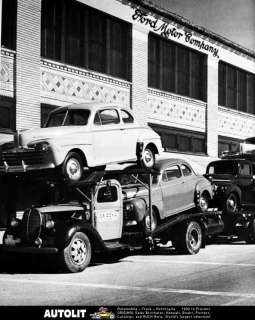 1946 Ford Motor Company Plant Car Carrier Factory Photo