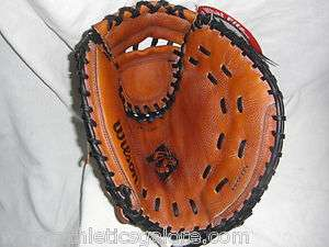 WILSON A9684 FP8 FASTPITCH SOFTBALL CATCHERS MITT RH PLAYER(FITS ON