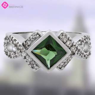 PERSONALITY SQUARE CUT GREEN EMERALD 18K WHITE GP COCKTAIL RING 6 M