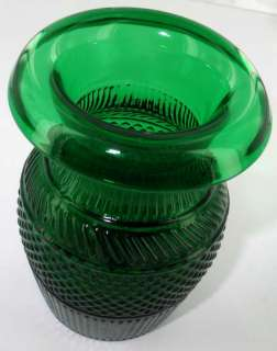 VINTAGE BLOWN 3 MOLD FLINT GLASS VASE EMERALD Sandwich