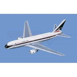 Boeing 767 200,  Delta Airlines Aircraft Model Mahogany