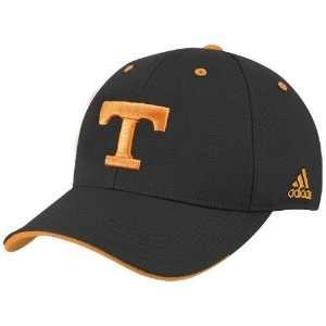 Tennessee Volunteers Black Basic Logo Flex Fit Hat