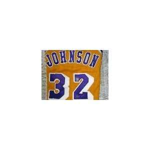 MAGIC JOHNSON AUTOGRAPHED SIGNED LOS ANGELES LAKERS JERSEY (BASKETBALL