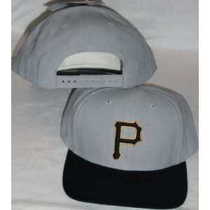 Pittsburgh Pirates Two Tone Grey / Black Adjustable Plastic Snap Strap