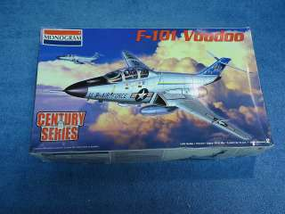 MONOGRAM F 101 VOODOO 148 SCALE MODEL AIRPLANE KIT 85 5843 CENTURY