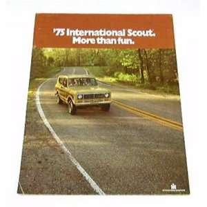 1975 75 International SCOUT Truck BROCHURE Traveltop