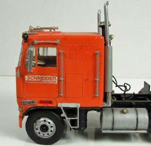Kenworth Cabover, Truck/Tractor Built from Model Kit Vintage, 1/25